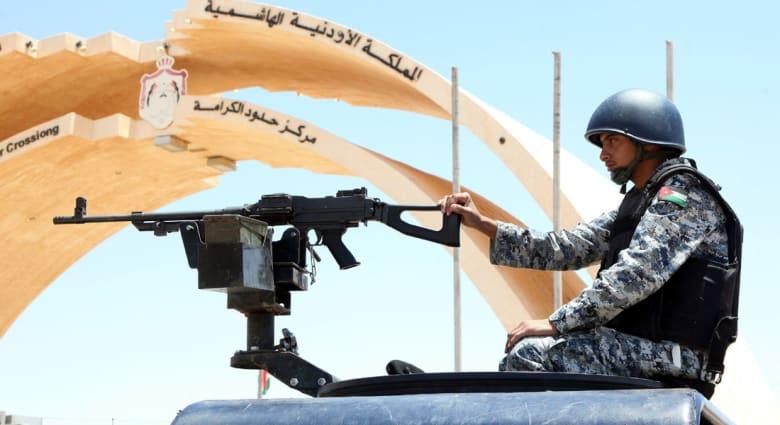 """البخيت: أسباب تنظيمية وطبوغرافية تمنع داعش من الهجوم على الأردن من العراق و1300 أردني بصفوف """"الجهاديين"""""""