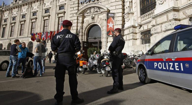 النمسا: اعتقال 9 أشخاص للاشتباه بمحاولة انضمامهم لميليشيات إسلامية بسوريا