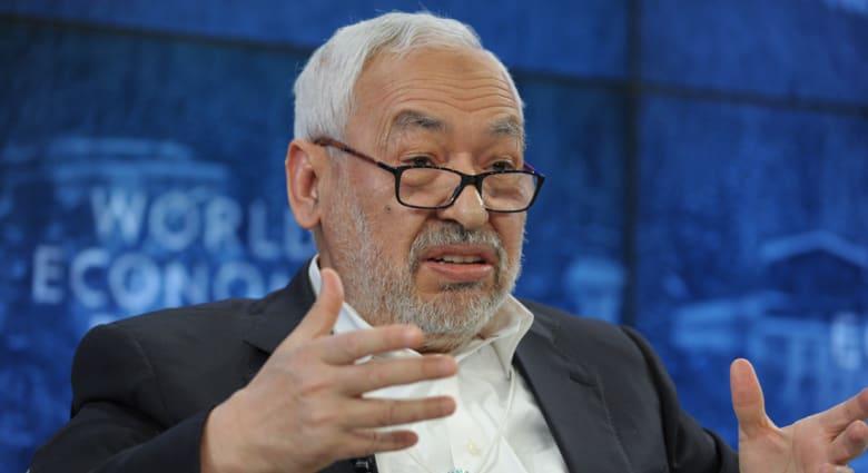 الغنوشي للحكام المسلمين: الإصلاح أقل كلفة من الثورة.. القرضاوي: اتحاد علماء المسلمين لا يمكن كسره
