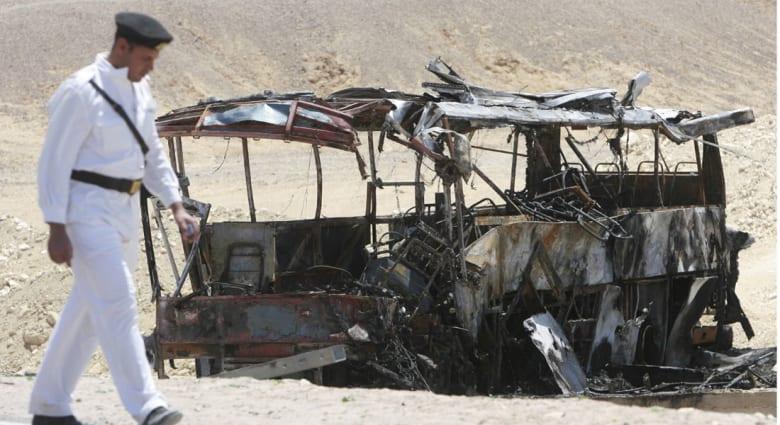 مصر: أكثر من 30 قتيلا و41 جريحا بتصادم حافلتين سياحيتين جنوب سيناء