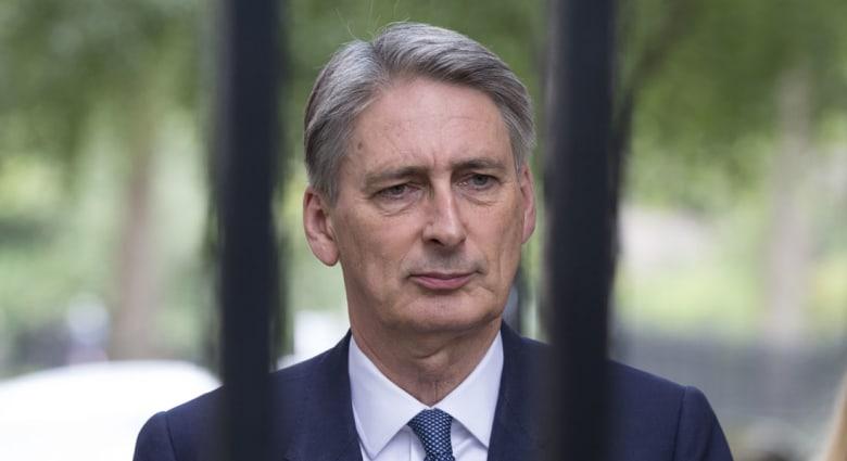 """وزير الخارجية البريطاني: لن نتعاون مع نظام الأسد ضد """"داعش"""""""