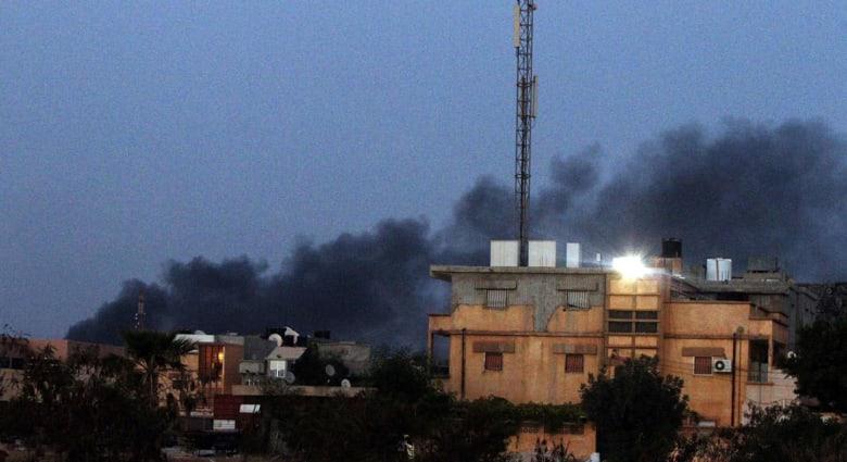 """""""فجر ليبيا"""" تسيطر على مطار طرابلس.. واستمرار قصف """"الطائرات المجهولة"""""""