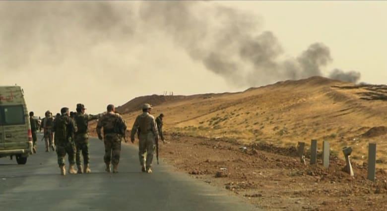 مسؤول: داعش تحرق آبار النفط قرب الموصل لتغطية تحركاتها عن قوات البشميرغة