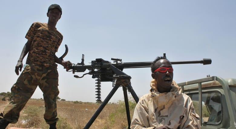 مسؤول صومالي: أمريكا نفذت ضربة جوية ضد اجتماع لحركة الشباب المجاهدين بحضور زعيمها ونائبه