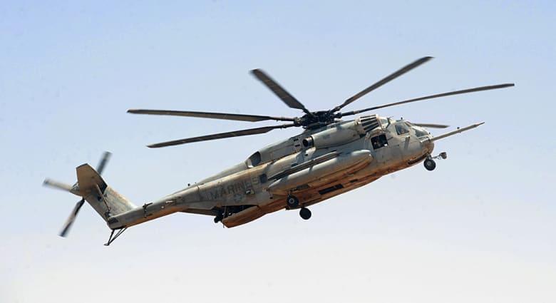 نجاة 25 من قوات البحرية الأمريكية بعد تحطم طائرتهم بخليج عدن