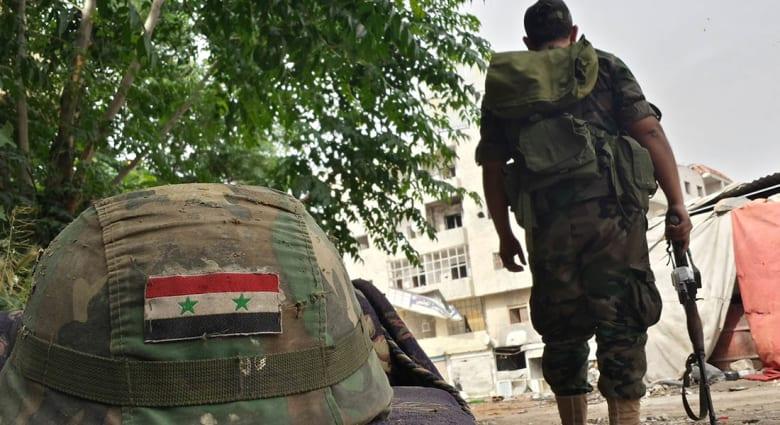 صحف: الجيش السوري يعتقل مؤيديه وزواج شيعي وسنية تحديا داعش