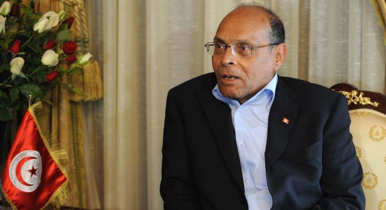خلفان ينتقد الرئيس التونسي: لما أشوفه أعطف عليه.. من اختاره ورطه.. ماله خص بالإدارة