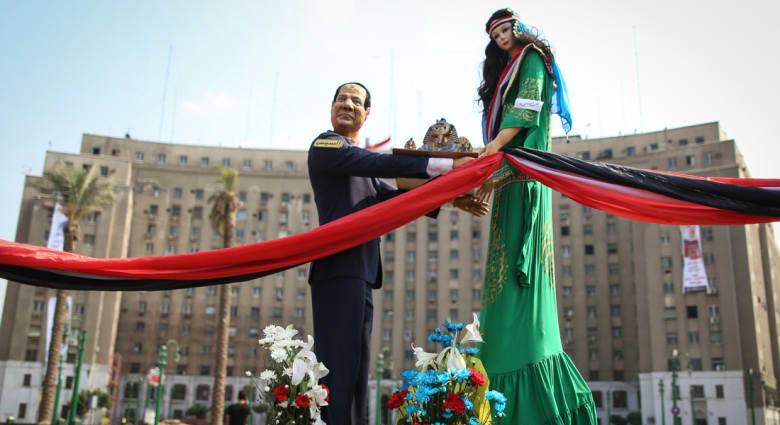 رأي.. الديمقراطية ليست ترفاً في مصر