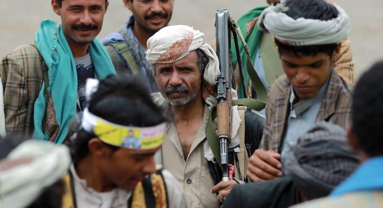 """اليمن: مواجهات عنيفة قرب مقر معسكر """"الفرقة الأولى مدرع"""""""
