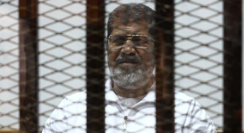 """مصر.. تأجيل محاكمة مرسي و35 متهماً بقضية """"التخابر"""" إلى 14 أكتوبر"""