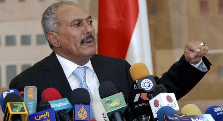 صحف: صالح يهرب من الحوثيين إلى إثيوبيا ومخاوف من تسلل إيبولا للمغرب