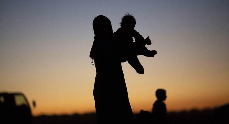 صحف العالم: داعش جند الأطفال للقتال وخطف النساء لبيعهن