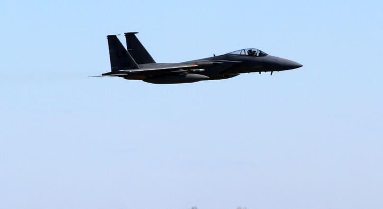 لندن: تحطم مقاتلة أمريكية من طراز F-15 شرق بريطانيا