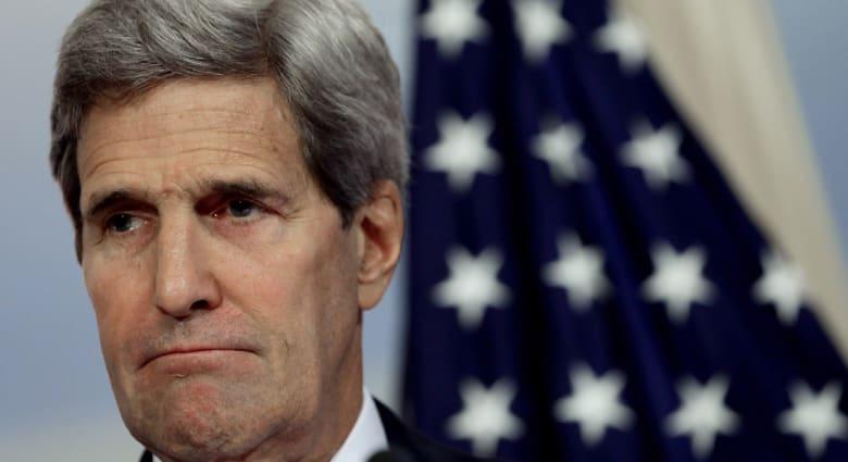 كيري: قلقون جدا من الوضع في كوباني ولكن استراتيجية أمريكا هي استهداف مراكز سيطرة داعش