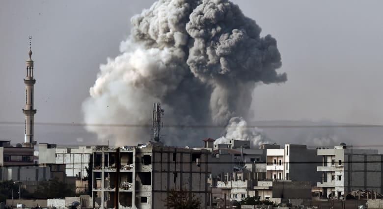 """معركة """"كوباني"""".. 18 غارة للتحالف على مواقع """"داعش"""" والأكراد يستعيدون 3 مواقع"""
