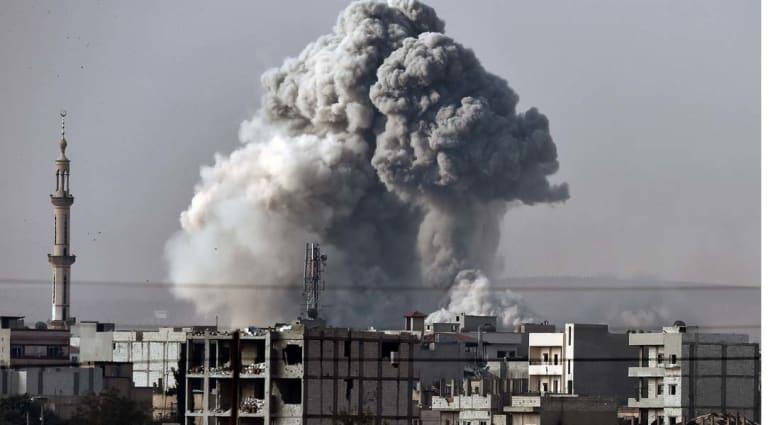 """توثيق 553 قتيلا في غارات التحالف بينهم 464 من مقاتلي """"داعش"""""""
