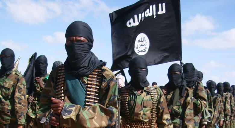 """الخامس بأسبوع.. """"الشباب"""" تنحر معلماً للقرآن رفض مغادرة قريته بوسط الصومال"""