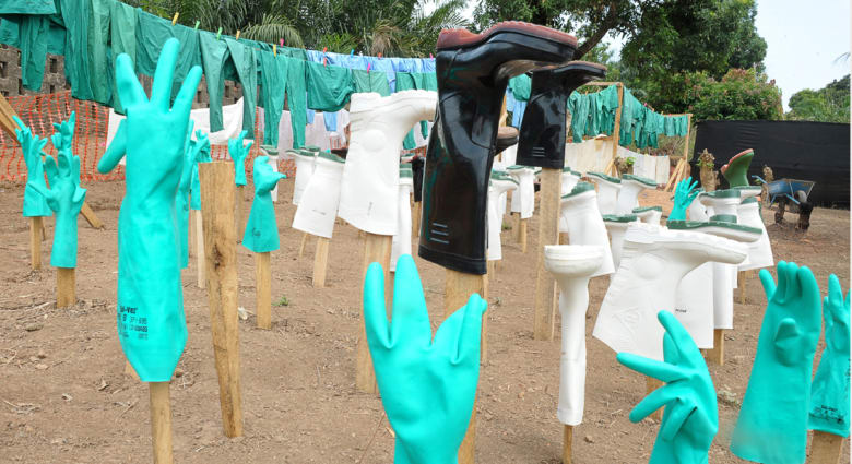 أسئلة وأجوبة حول فيروس الإيبولا.. نسبة وفاة تبلغ 61% وتحذيرات عالمية من انتشاره