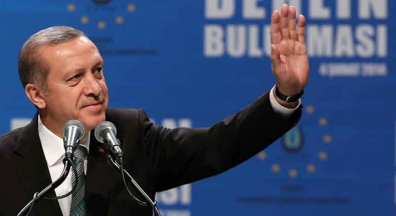 """صحف: """"الله والملائكة مع إردوغان"""" وأسر ياباني في سوريا"""