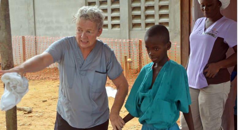 """932 وفاة بمرض """"إيبولا"""" ومنظمة الصحة العالمية تعقد اجتماعا للجنة الطوارئ"""