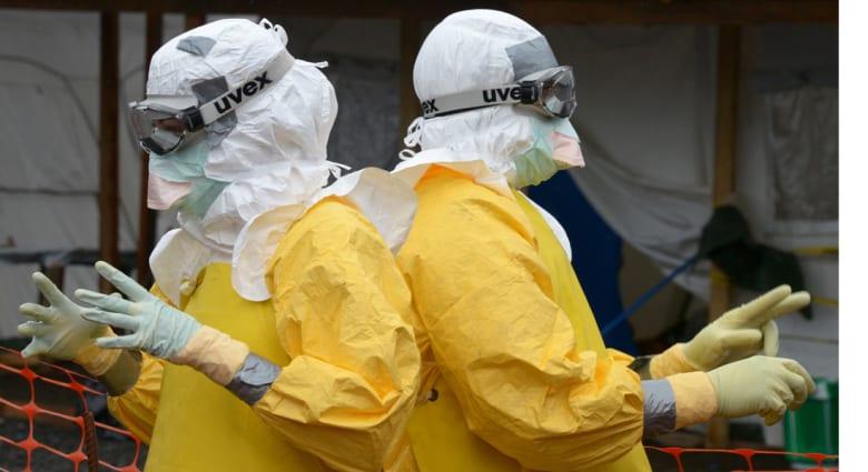 """اكشتاف 130 حالة """"إيبولا"""" في سيراليون خلال 3 أيام من الحجر الصحي"""