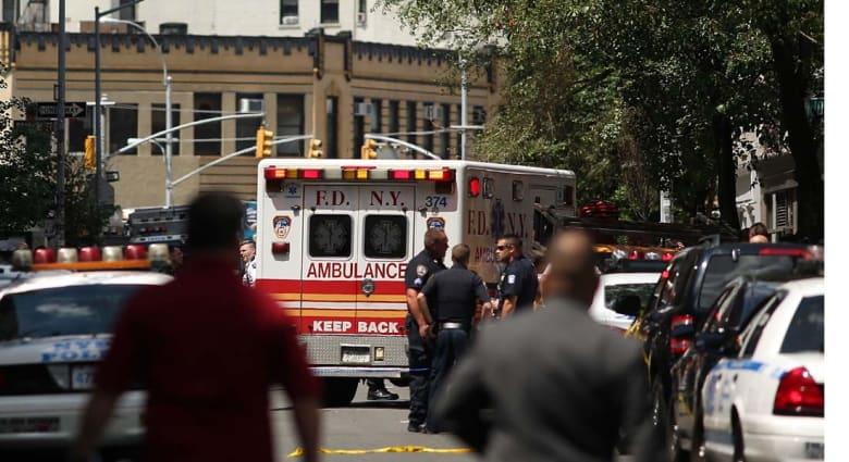 العثور على امرأة مقطوعة الرأس في شقتها بنيويورك وابنها ينتحر أمام قطار