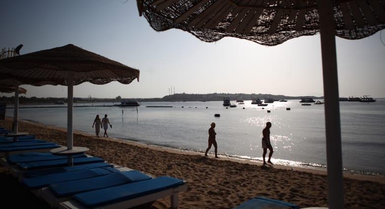 """مصر.. السياحة تتبرأ من """"فضائح"""" حفل ملكة جمال بولندا"""