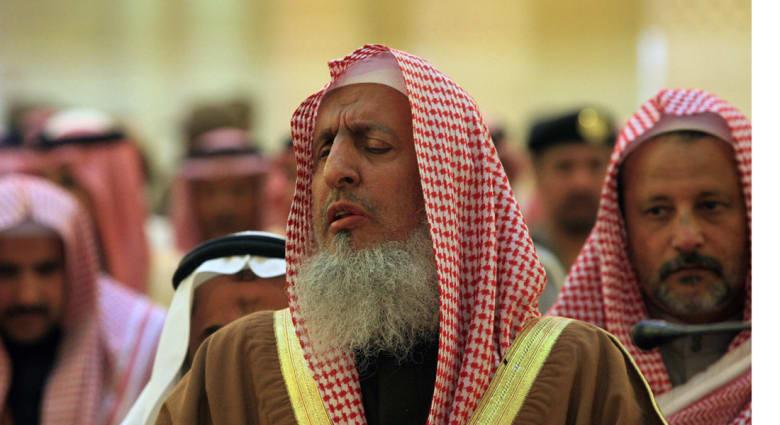 آل الشيخ مفتي السعودية : الموالد وأمثالها من البدع ما أنزل الله بها من سلطان