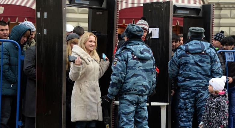 روسيا: تهديد بوجود قنبلة يخلي 7 آلاف طالب