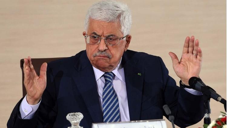 عباس يوقع وثيقة الانضمام لمحكمة الجنايات.. سنشكو من يعتدي علينا