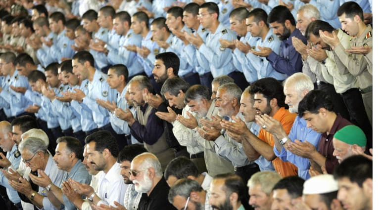 خطيب جمعة طهران: الإساءة للنبي تكشف عن عداء الغرب السافر للإسلام