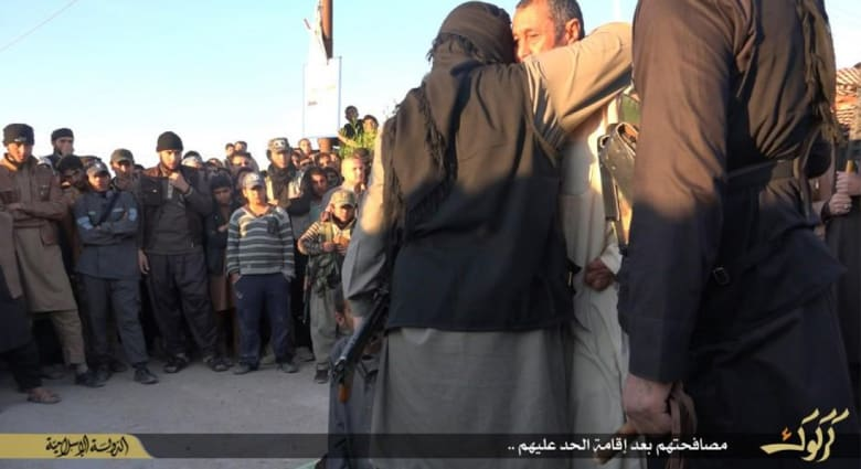 الأمم المتحدة: عقوبات مروعة من محاكم داعش الشرعية.. صلب ورجم واستهداف للنساء المتعلمات
