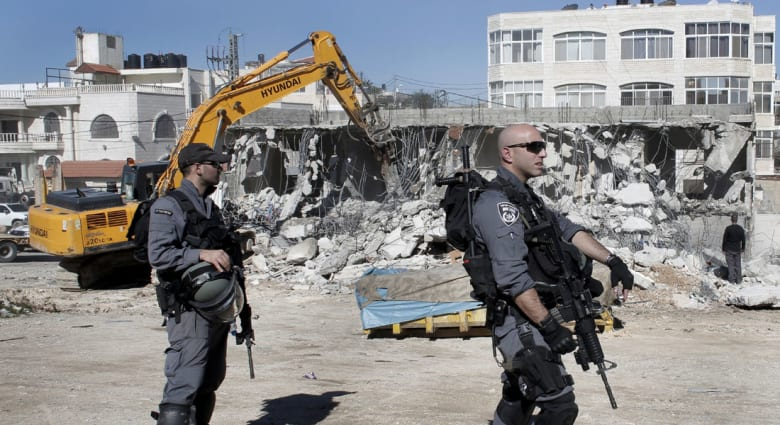 """حكومة نتنياهو تستبق الانتخابات بخطة استيطانية والسلطة تصفها بـ""""جريمة حرب"""""""