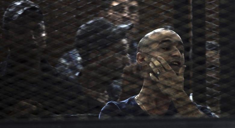 """مصر.. السجن المؤبد لأحمد دومة وتغريمه 17 مليون جنيه بـ""""أحداث مجلس الوزراء"""""""