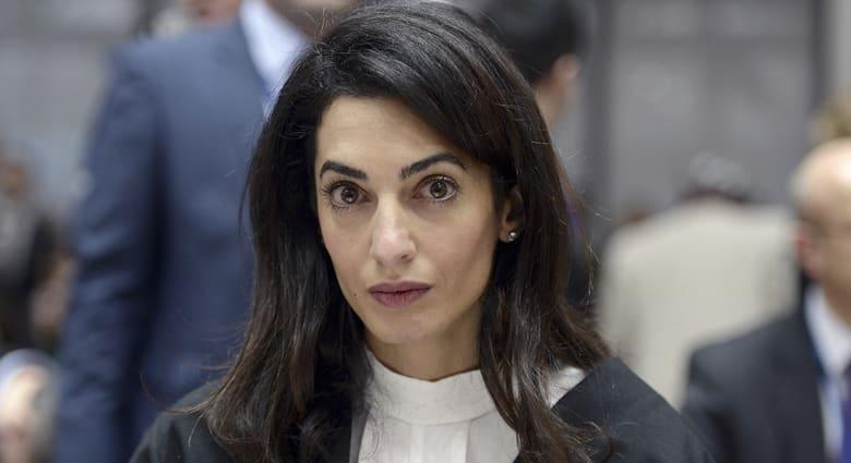 أمل كلوني تطالب رئيس الوزراء الكندي التدخل للإفراج عن الصحفي محمد فهمي