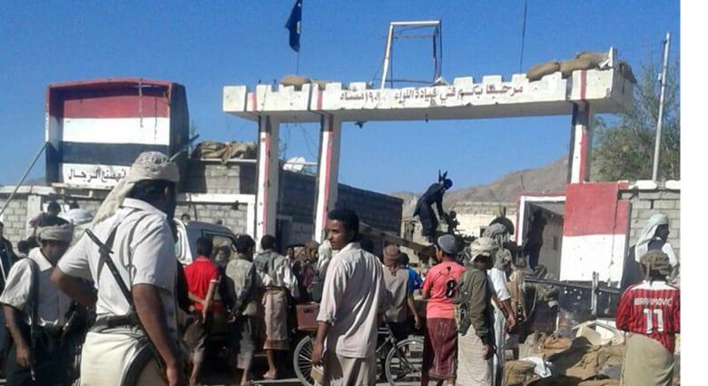 اليمن.. القاعدة تحرر 6 من أعضائها من سجن شبوة بعد سيطرتها على معسكر للجيش بأسلحته