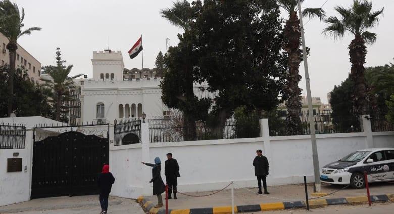 """ليبيا.. حكومة """"الحاسي"""" تطلب اجتماعاً طارئاً لمجلس الأمن وتنفي إحراق السفارة المصرية"""