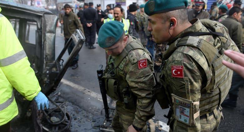 تفجير انتحاري بكابول استهدف سيارة عسكرية تركية خارج السفارة الإيرانية.. وطالبان تعلن مسؤوليتها