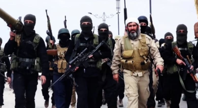 """دار الإفتاء المصرية: عناصر داعش يتزوجون الفتيات بـ""""الفيديو كونفرس"""" قبل تسفيرهن.. والعقد """"باطل شرعا"""""""