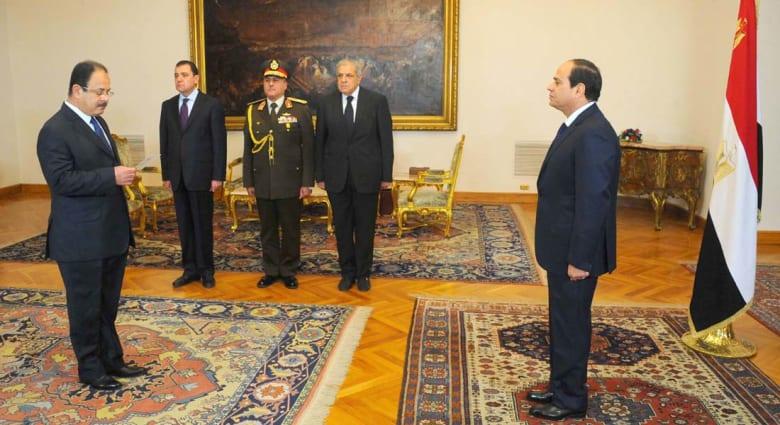من هو مجدي عبدالغفار وزير الداخلية المصري الجديد؟