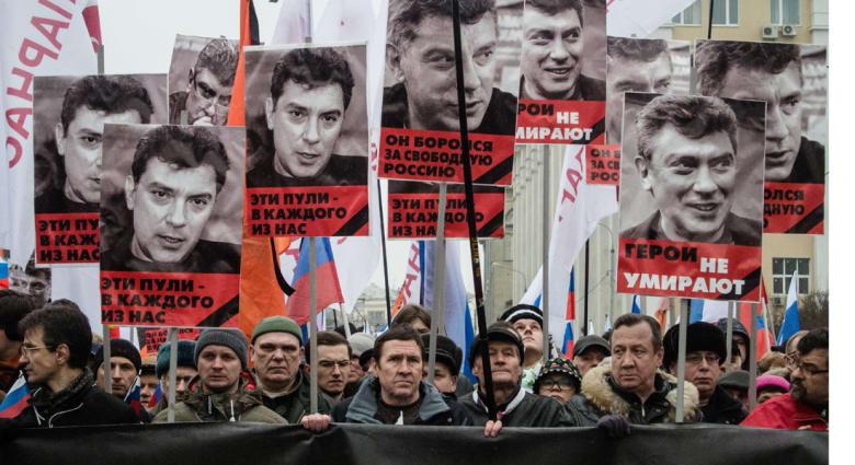 موسكو تعتقل قوقازيين يشتبه في علاقتهما باغتيال نيمتسوف أحد أبرز معارضي بوتين