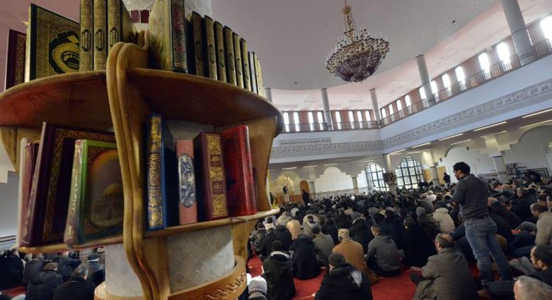 """مشعل لـCNN: مسلمو أمريكا لم يقنعهم """"فقه الأقليات"""" والمذهب المالكي سيؤثر على المصرفية الإسلامية بالمغرب"""