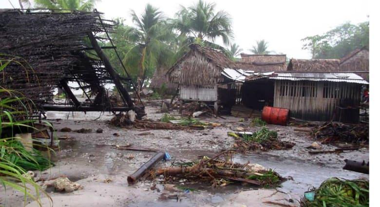 """ستة قتلى ودمار واسع يخلفه الإعصار """"بام"""" في جزيرة  فانواتو بالمحيط الهادئ"""