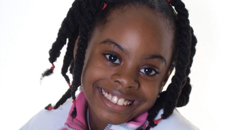 طفلة عبقرية في الرياضيات تدخل الجامعة بعمر العاشرة