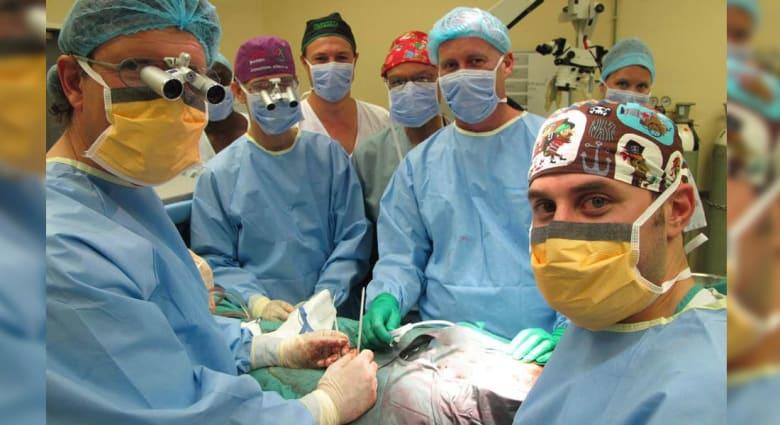 أطباء يعلنون نجاح زراعة عضو ذكري