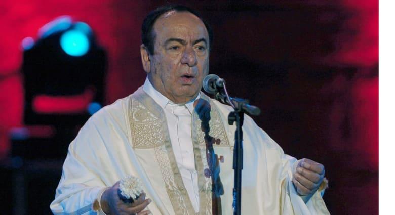 بعد 41 عاماً من تكريم بورقيبه له.. السبسي يمنح الفنان صباح فخري أعلى وسام للثقافة