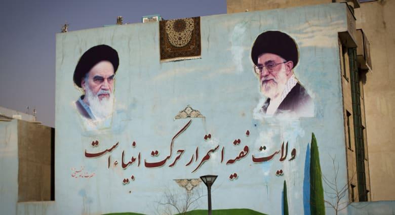 خلفان: إيران لن تعيد تاريخ كسرى.. إما أن تتعقل طهران أو تقاتل من العرب
