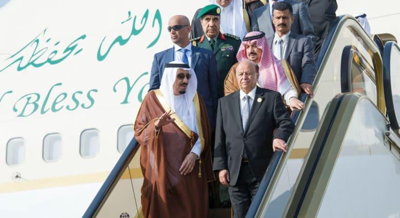عاصفة الحزم.. هادي يعود من شرم الشيخ إلى الرياض برفقة الملك سلمان ويرجئ عودته إلى عدن