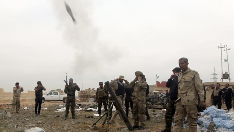 """قوات الأمن والحشد الشعبي تتقدم في تكريت ومقتل 25 من """"داعش"""" في قصر صدام"""