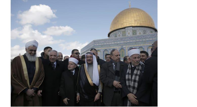 """إياد مدني: زيارة القدس """"تطبيع"""" مع الأقصى والمقدسيين وإخواننا في """"الأراضي المحتلة"""""""